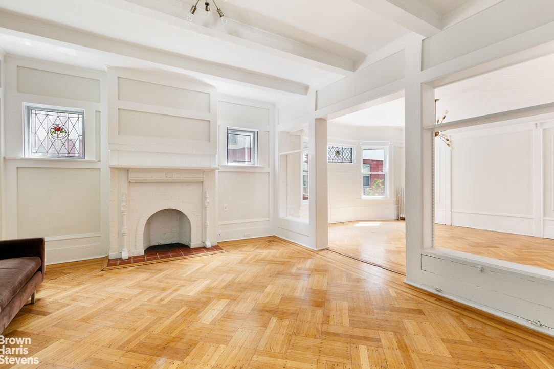 554 Argyle Road, Ditmas Park, New York, $2,449,000, Web #: 20151906