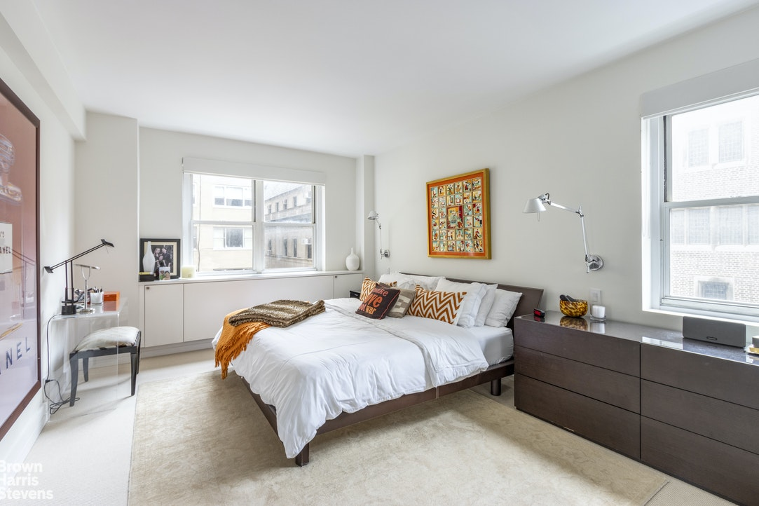 710 Park Avenue 6F, Upper East Side, NYC, $1,295,000, Web #: 20174732