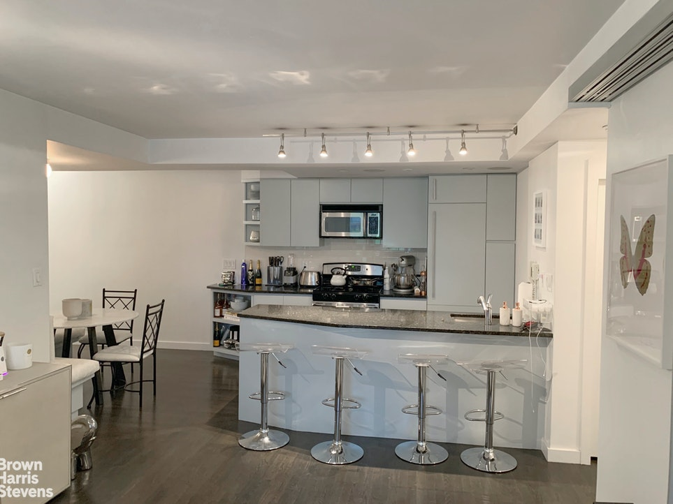 1 Irving Place U8l, East Village, NYC, $4,350, Web #: 20186649