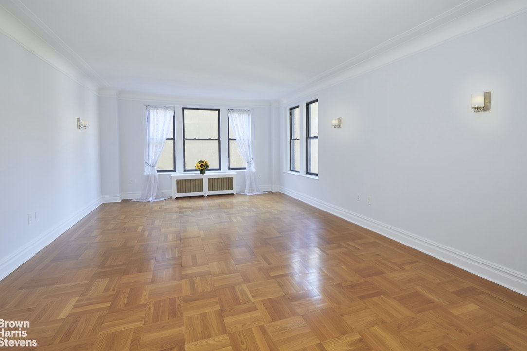 365 West End Avenue 5D, Upper West Side, NYC, $8,500, Web #: 20187831
