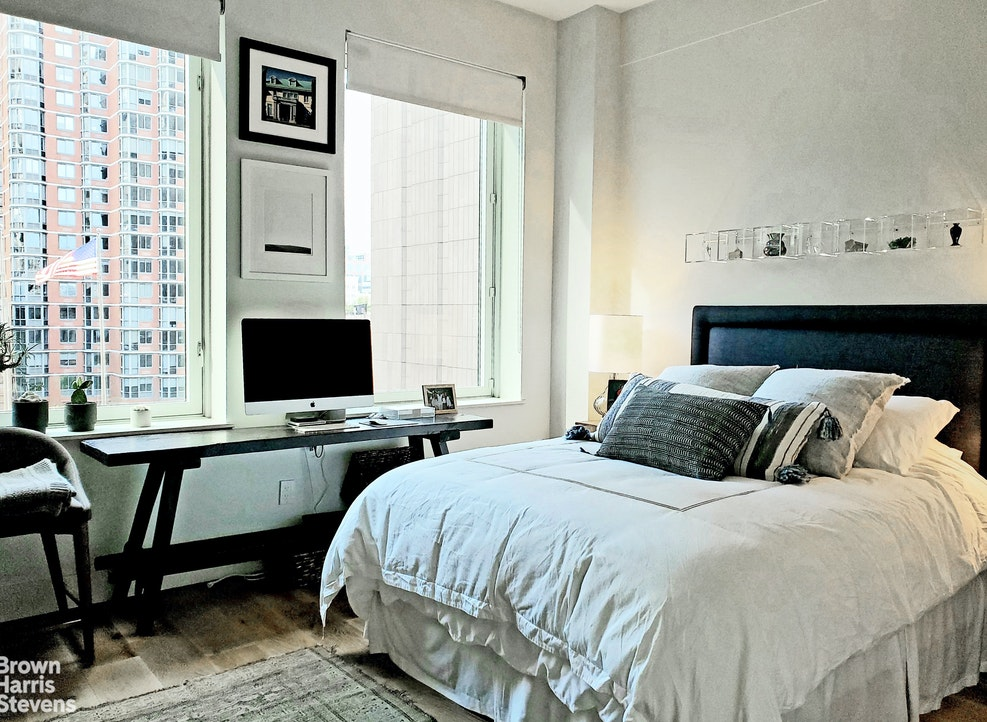 93 Worth Street 604, Tribeca, NYC, $8,950, Web #: 20196487