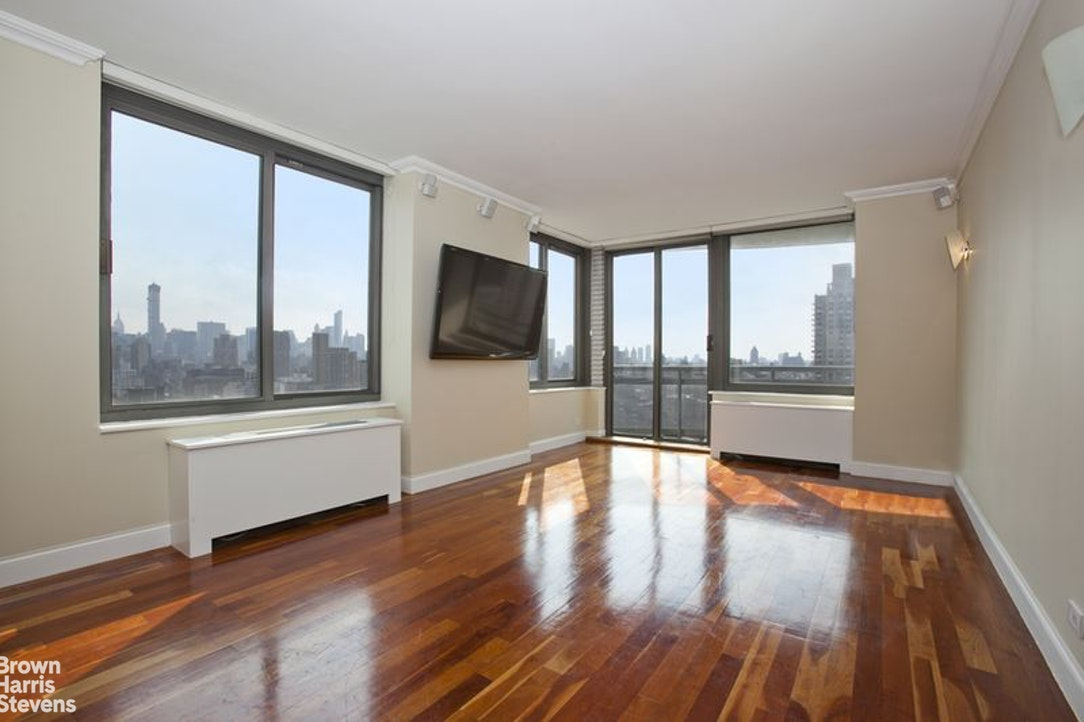 300 East 85th Street 2602, Upper East Side, NYC, $5,000, Web #: 20200422