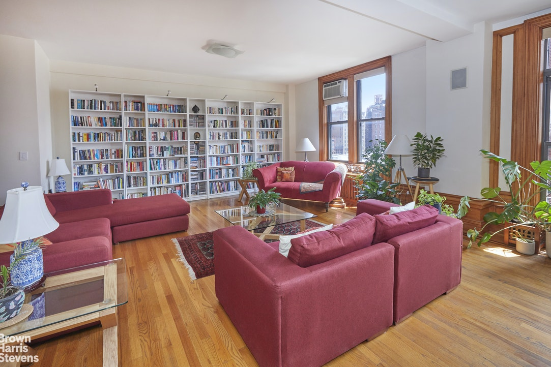 219 West 81st Street 9A, Upper West Side, NYC, $12,500, Web #: 20204497