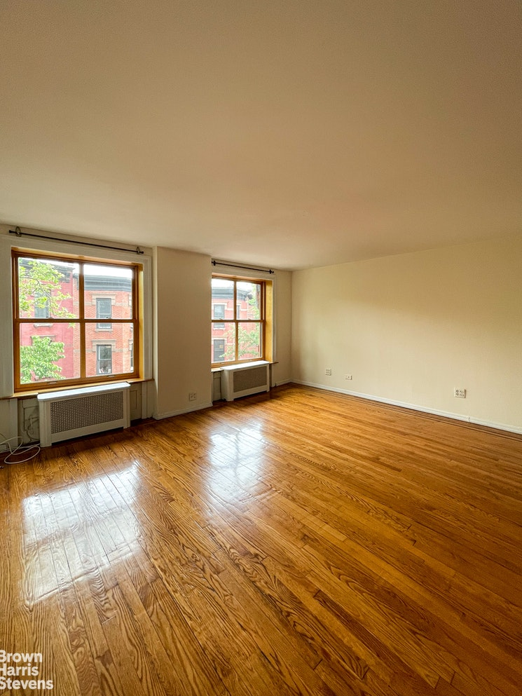 306 Hicks Street 4, Brooklyn Heights, New York, $2,900, Web #: 20204581