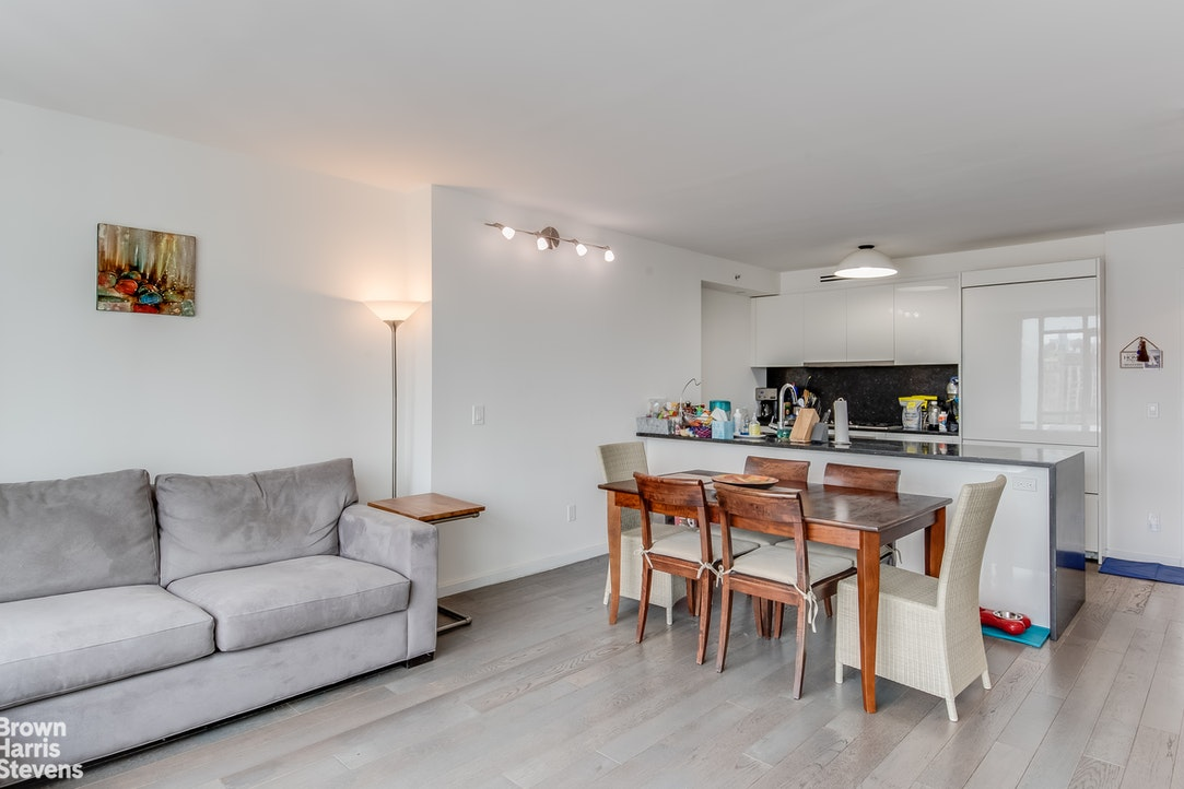 385 First Avenue 15A, Gramercy Park, NYC, $4,950, Web #: 20206362