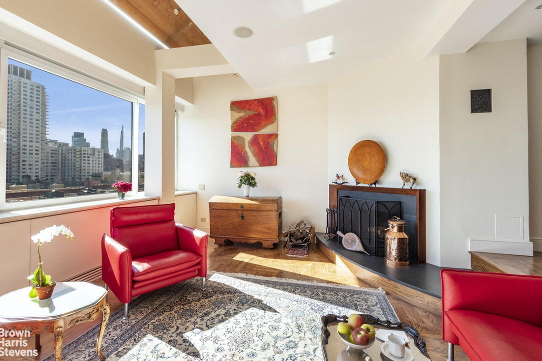 2 East End Avenue Phc, Upper East Side, NYC, $2,350,000, Web #: 20208351