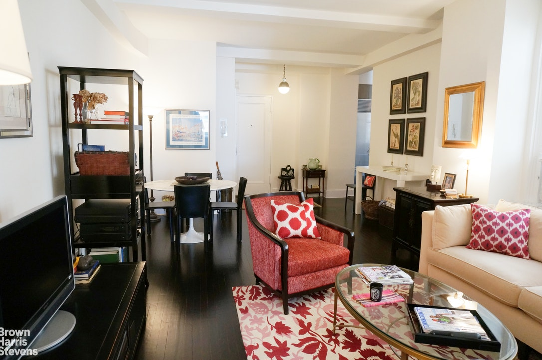 157 EAST 72ND STREET 6H