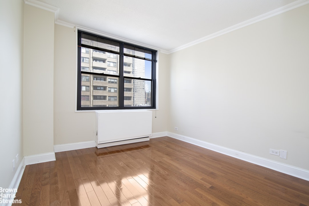 301 East 87th Street 11C, Upper East Side, NYC, $2,769, Web #: 20213656