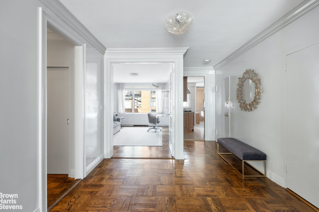 169 East 69th Street 11D, Upper East Side, NYC, $2,495,000, Web #: 20231352