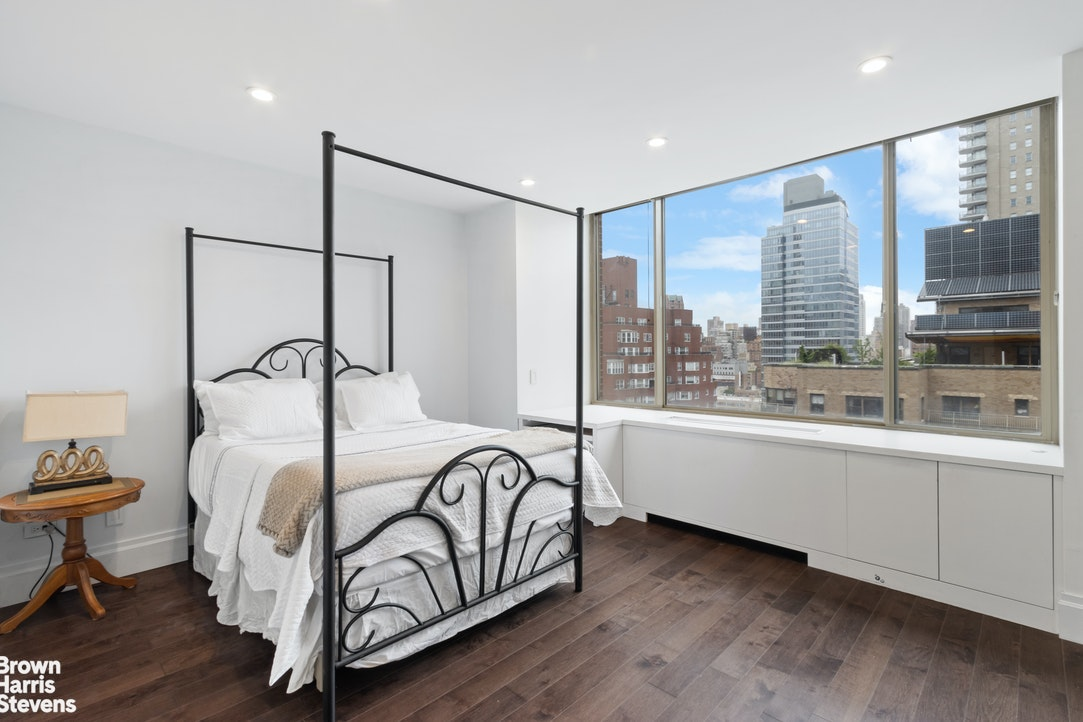 308 East 72nd Street 18A, Upper East Side, NYC, $11,500, Web #: 20243213