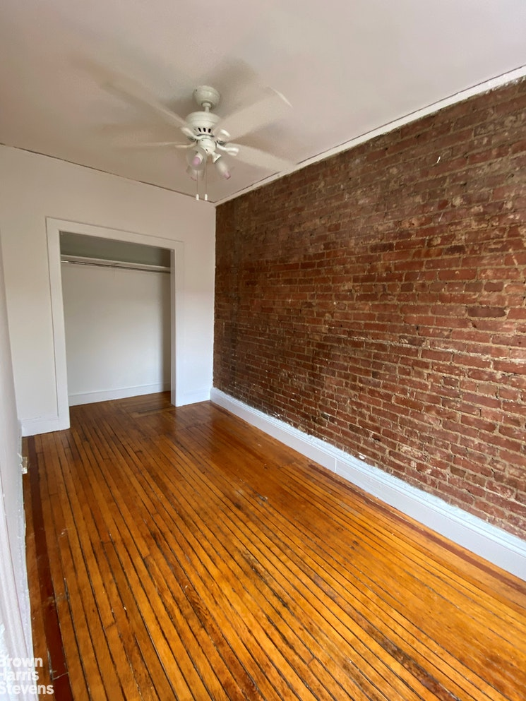 122 Remsen Street 4F, Brooklyn Heights, New York, $2,200, Web #: 20245171
