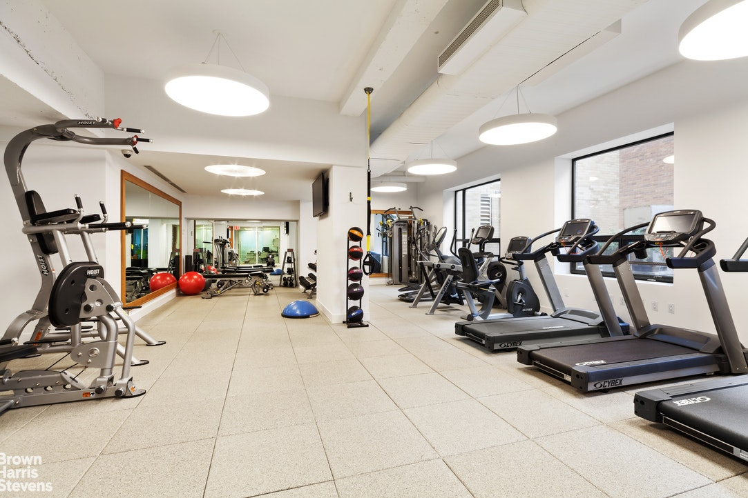 10 West 66th Street 25J, Upper West Side, NYC, $965,000, Web #: 20246359