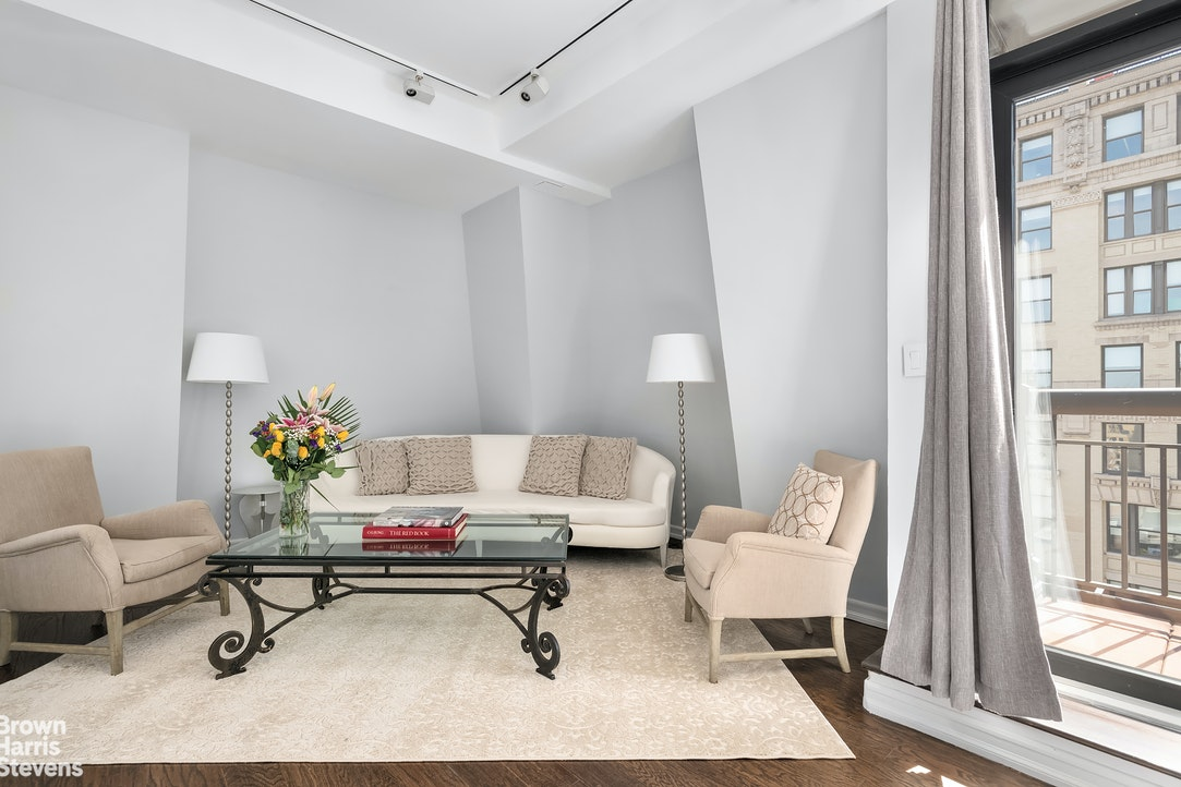 108 Fifth Avenue Phb, Flatiron, NYC, $2,670,000, Web #: 20252248