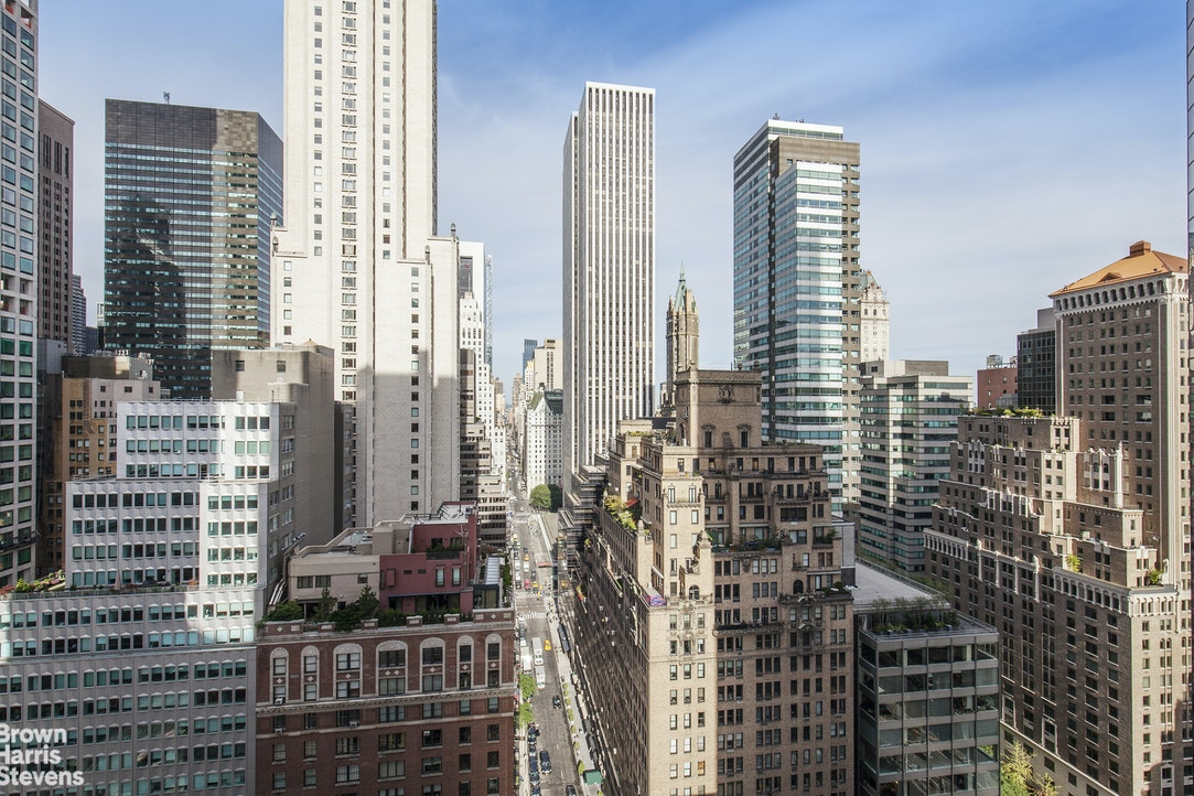 117 East 57th Street 27D, Midtown East, NYC, $7,000, Web #: 20269169