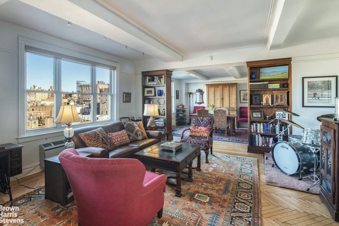 127 West 79th Street 9F, Upper West Side, NYC, $13,750, Web #: 20286171