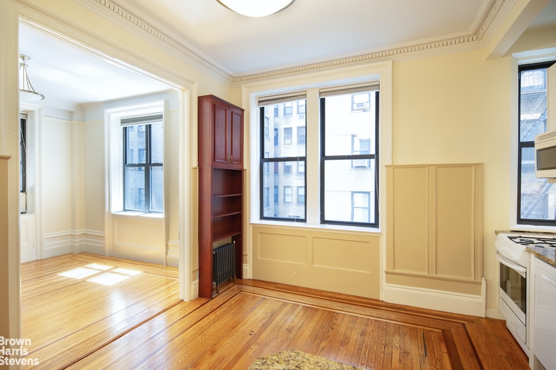 532 West 111th Street 23, Upper West Side, NYC, $499,000, Web #: 20293035