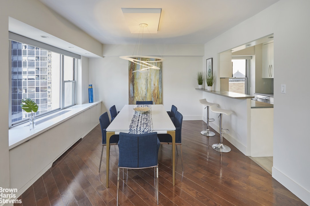 118 East 60th Street 23H, Upper East Side, NYC, $1,375,000, Web #: 20300465