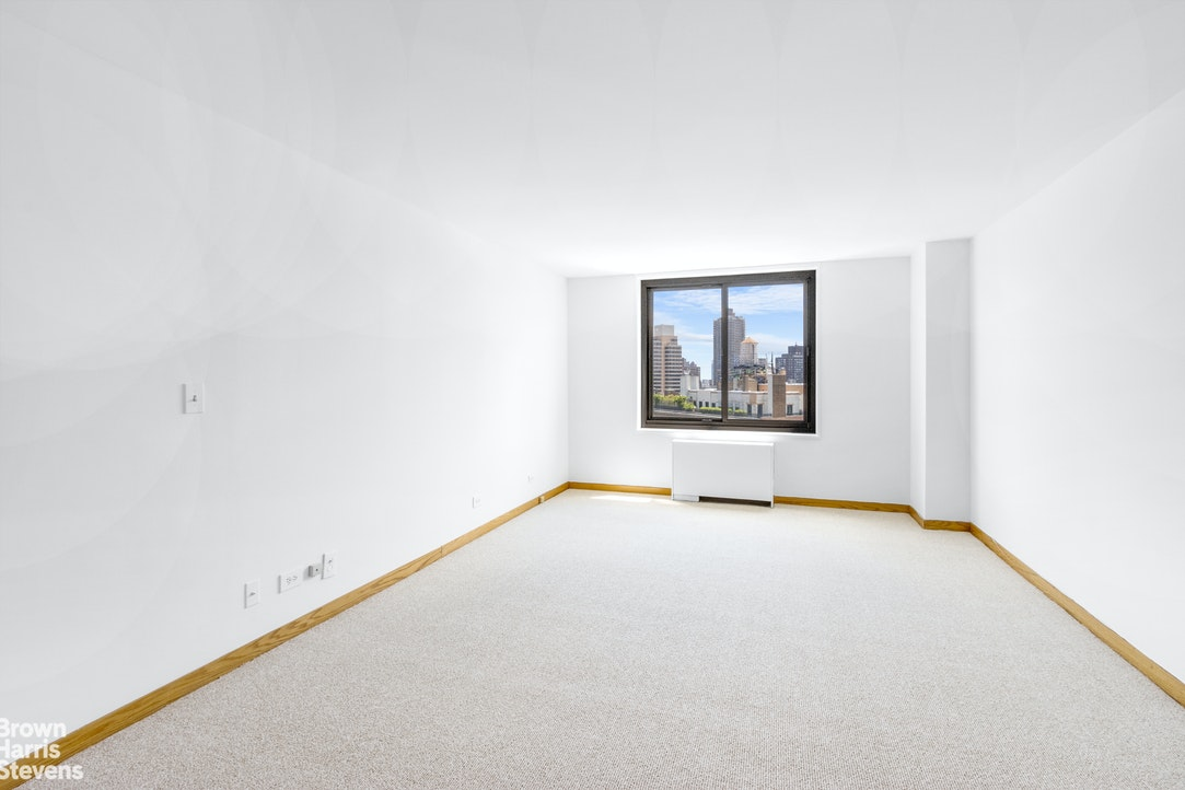 40 East 94th Street 21G, Upper East Side, NYC, $1,800,000, Web #: 20313301