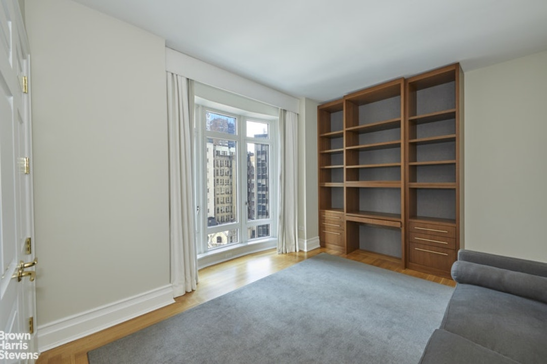 15 Central Park West 11G, Upper West Side, NYC, $23,000, Web #: 20314644