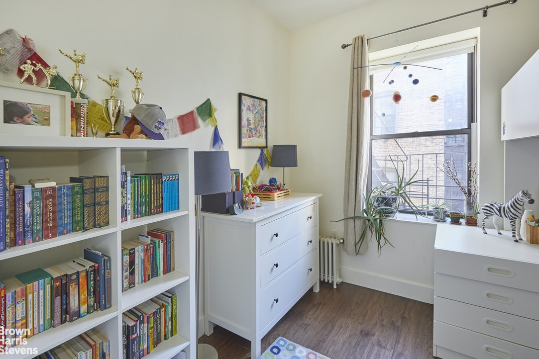 622 West 114th Street 43, Upper West Side, NYC, $1,350,000, Web #: 20322499