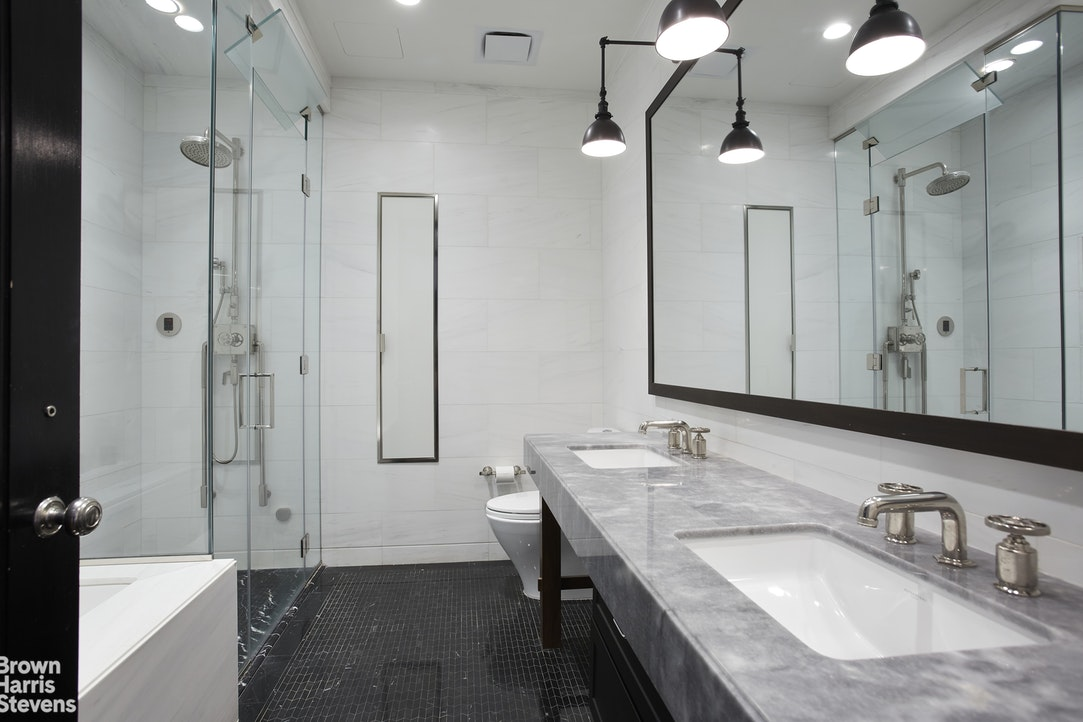425 West 50th Street 15G, Midtown West, NYC, $2,495,000, Web #: 20335262