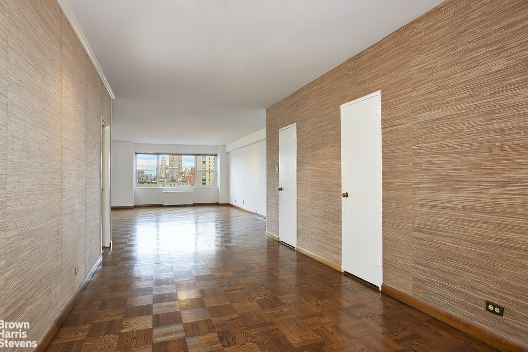150 East 69th Street 18H, Upper East Side, NYC, $1,550,000, Web #: 20337357