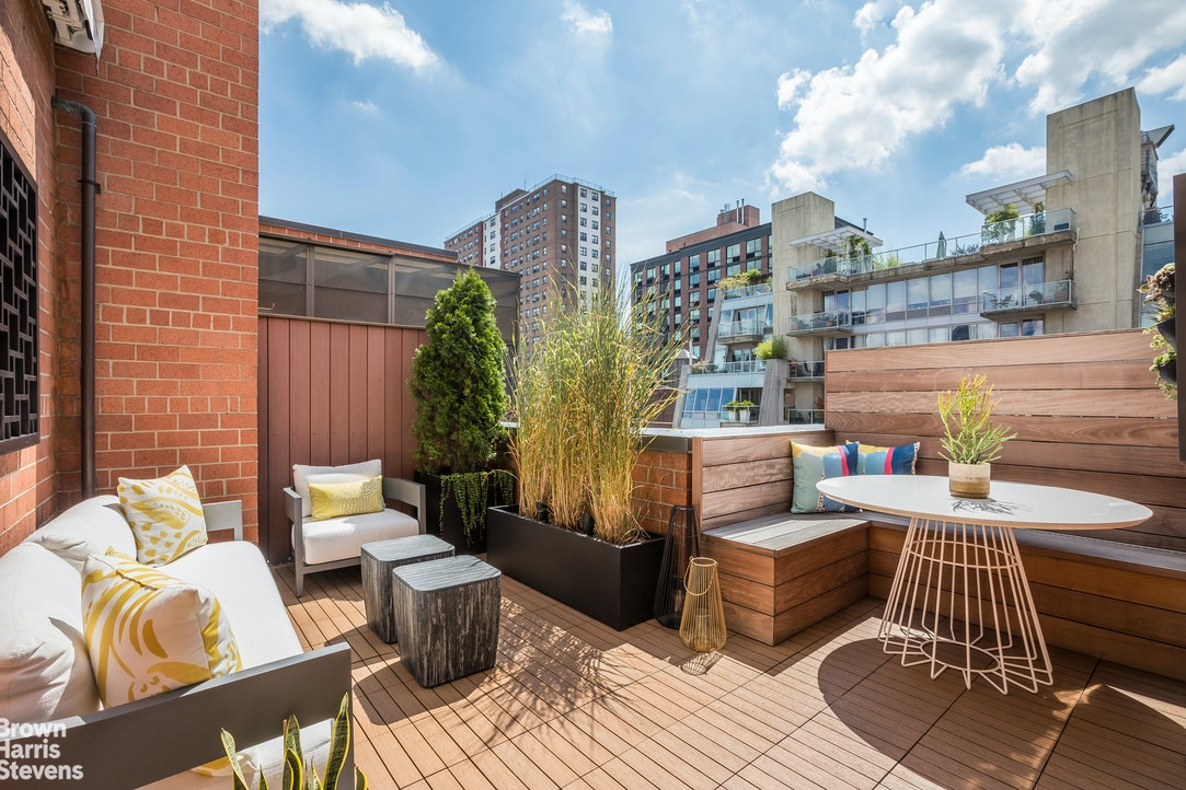 445 West 19th Street Pha, Chelsea, NYC, $2,250,000, Web #: 20337488