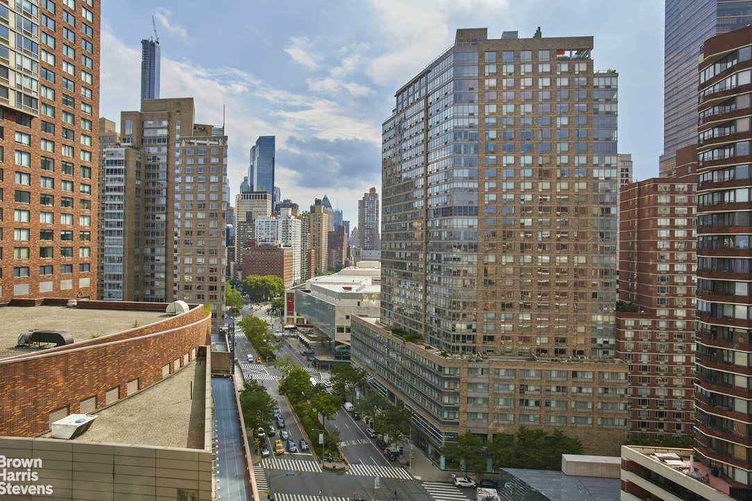 2000 Broadway 18D, Upper West Side, NYC, $6,500, Web #: 20337515