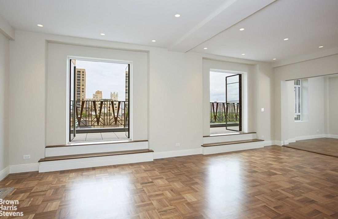 25 Central Park West 19R, Upper West Side, NYC, $10,000, Web #: 20346032