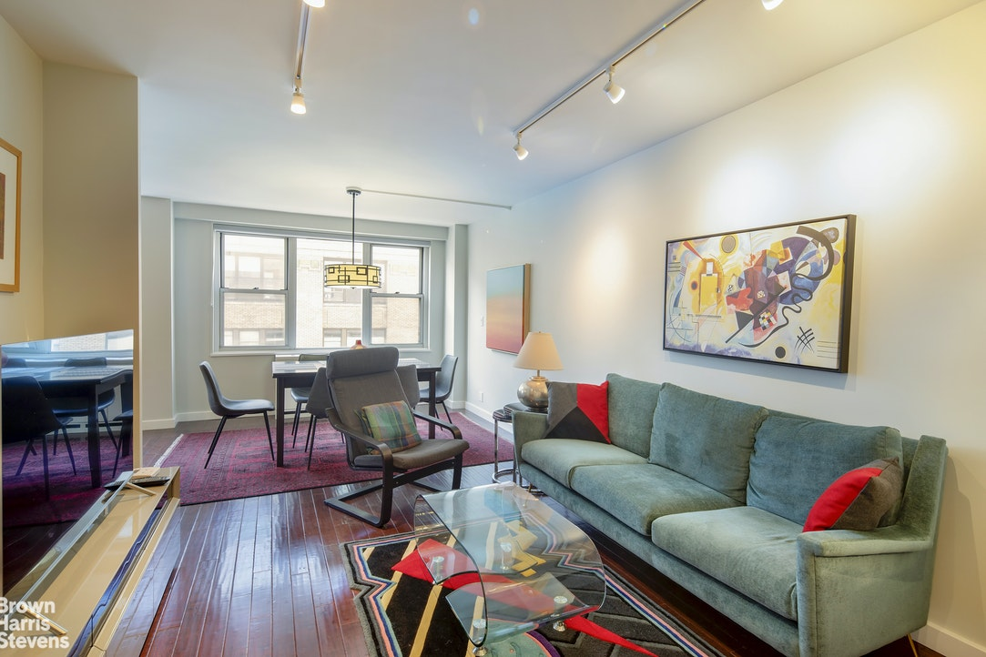 301 EAST 22ND STREET 12H