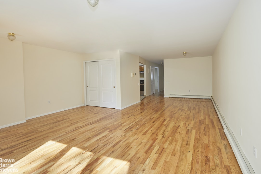 119 East 4th Street 1, Brooklyn, New York, $775,000, Web #: 20371314