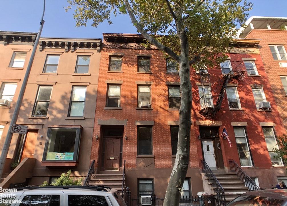15 Douglass Street 2