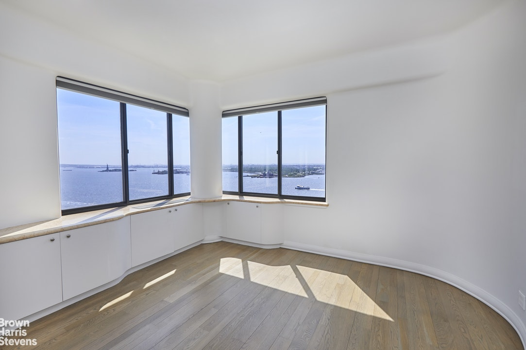 377 Rector Place Phb, Battery Park City, NYC, $5,250,000, Web #: 20386277