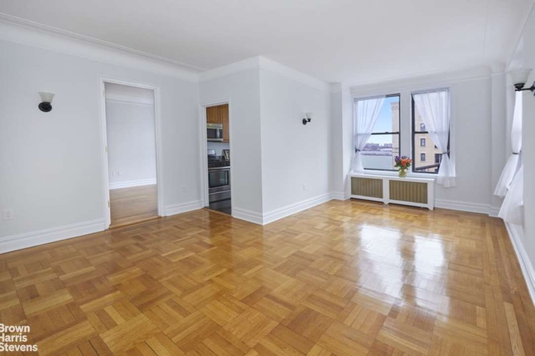 365 WEST END AVENUE 8J