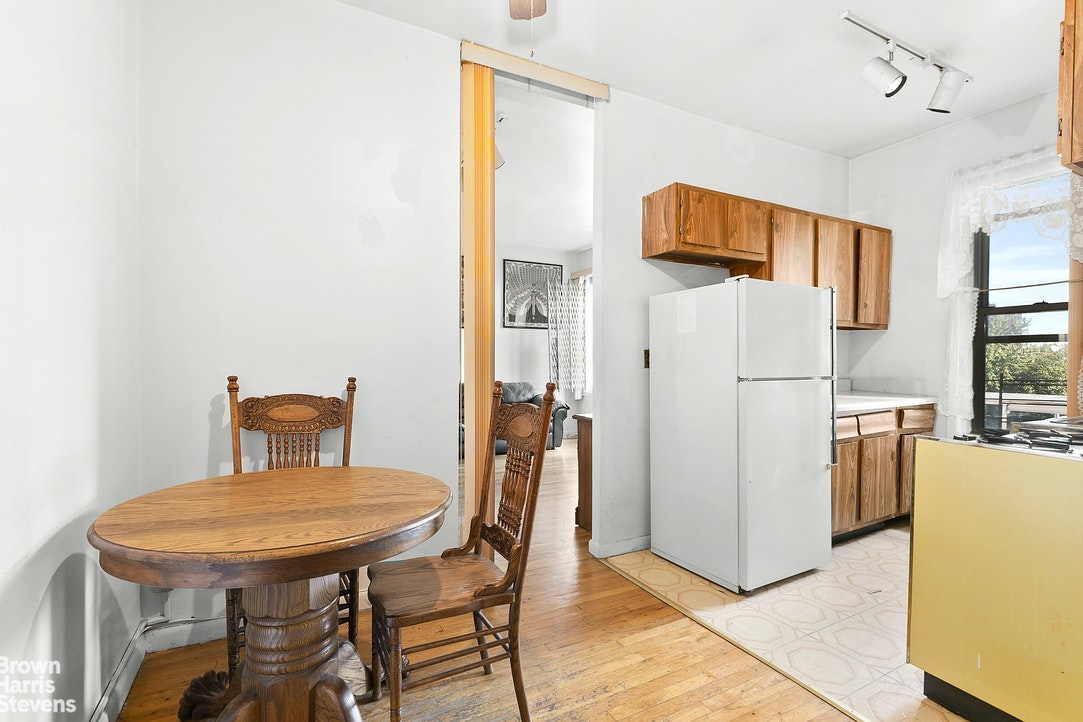 425 Prospect Place 5F, Prospect Heights, New York, $395,000, Web #: 20395876