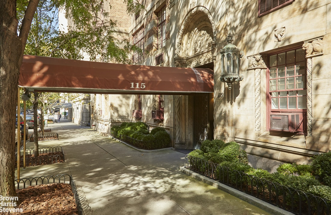 115 East 67th Street 2B, Upper East Side, NYC, $1,350,000, Web #: 20431782