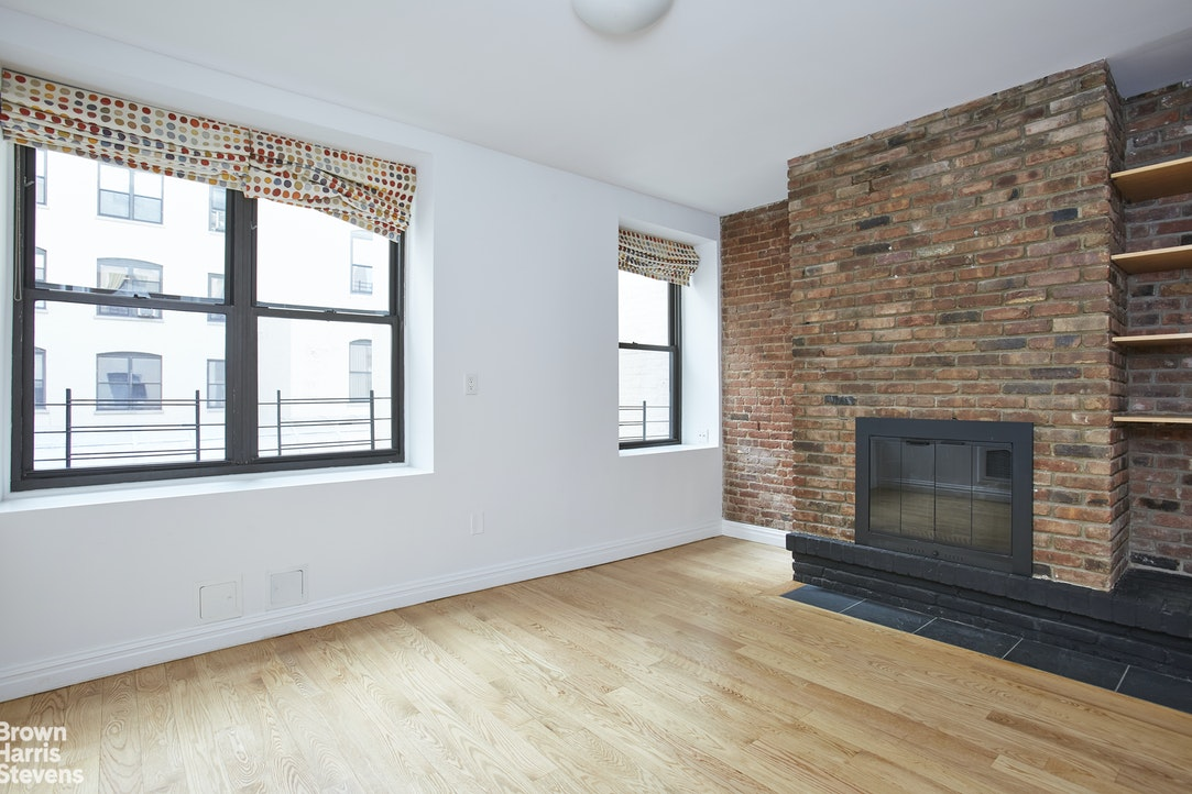 101 West 81st Street 222, Upper West Side, NYC, $13,500, Web #: 20460341