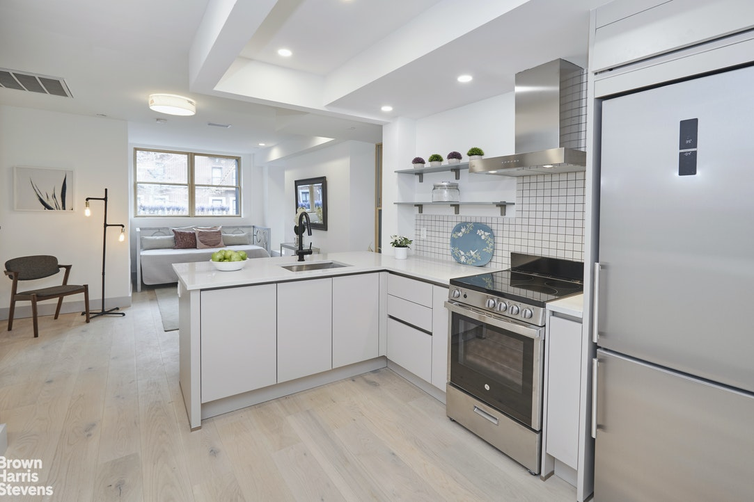 1019 President Street 1A, Crown Heights, New York, $549,000, Web #: 20503565
