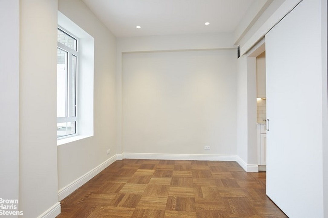 25 Central Park West 19R, Upper West Side, NYC, $3,800,000, Web #: 20516477