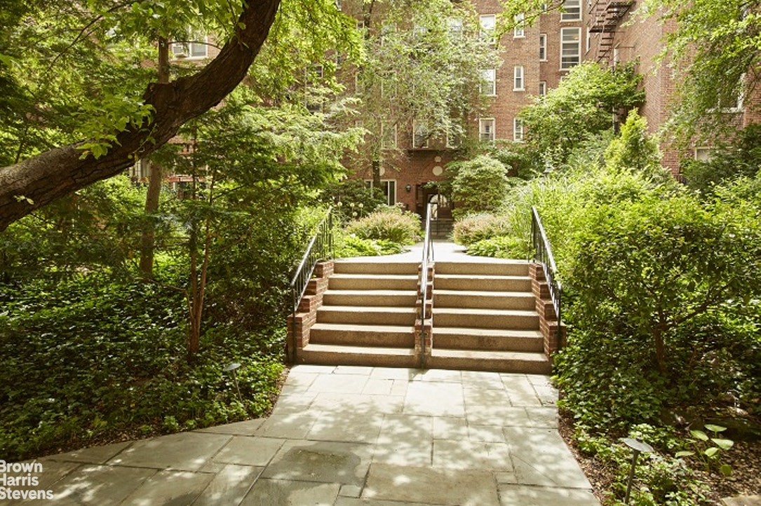 530 East 90th Street 5A, Upper East Side, NYC, $1,175,000, Web #: 20532184