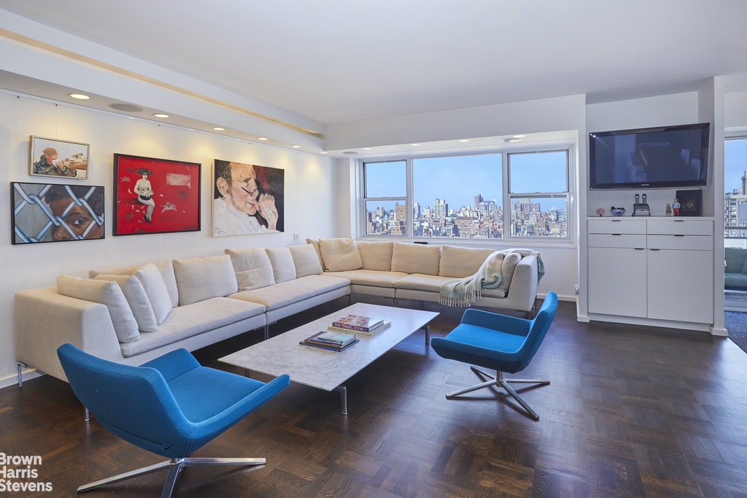 150 East 69th Street 24J, Upper East Side, NYC, $2,750,000, Web #: 20546888