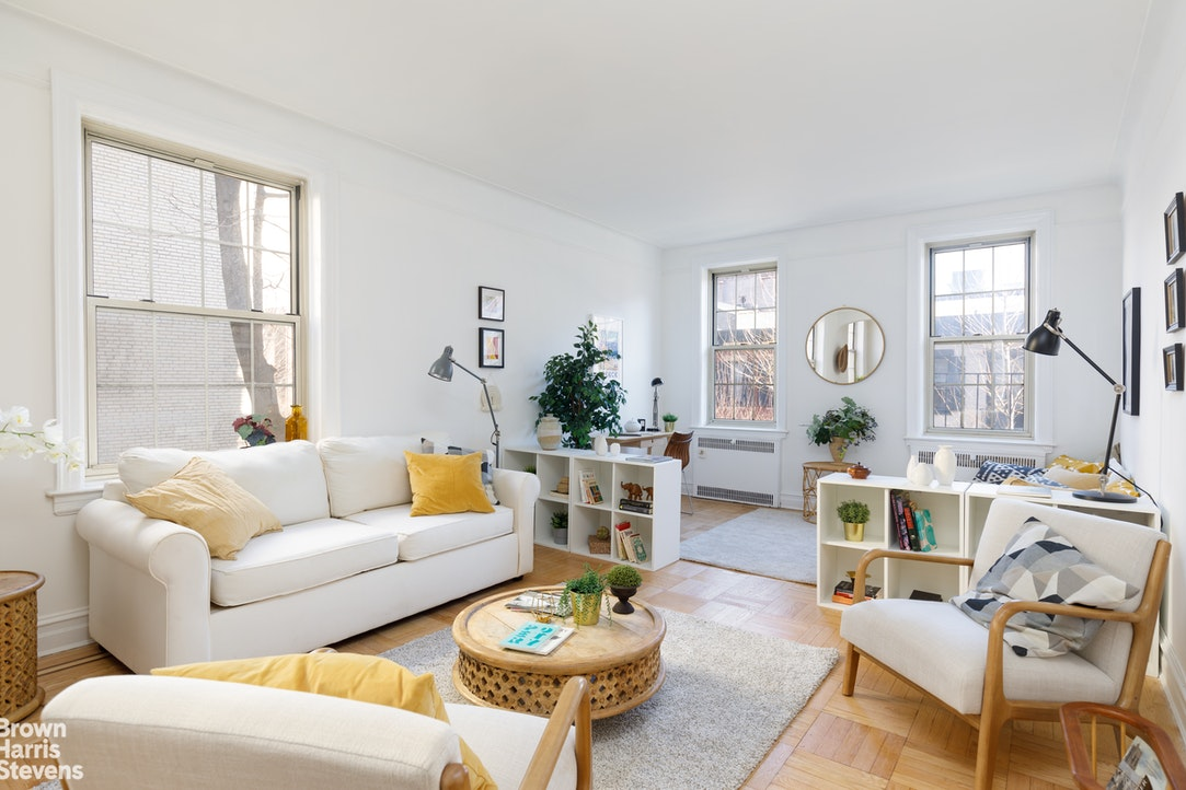 145 Hicks Street B36, Brooklyn Heights, New York, $525,000, Web #: 20605704