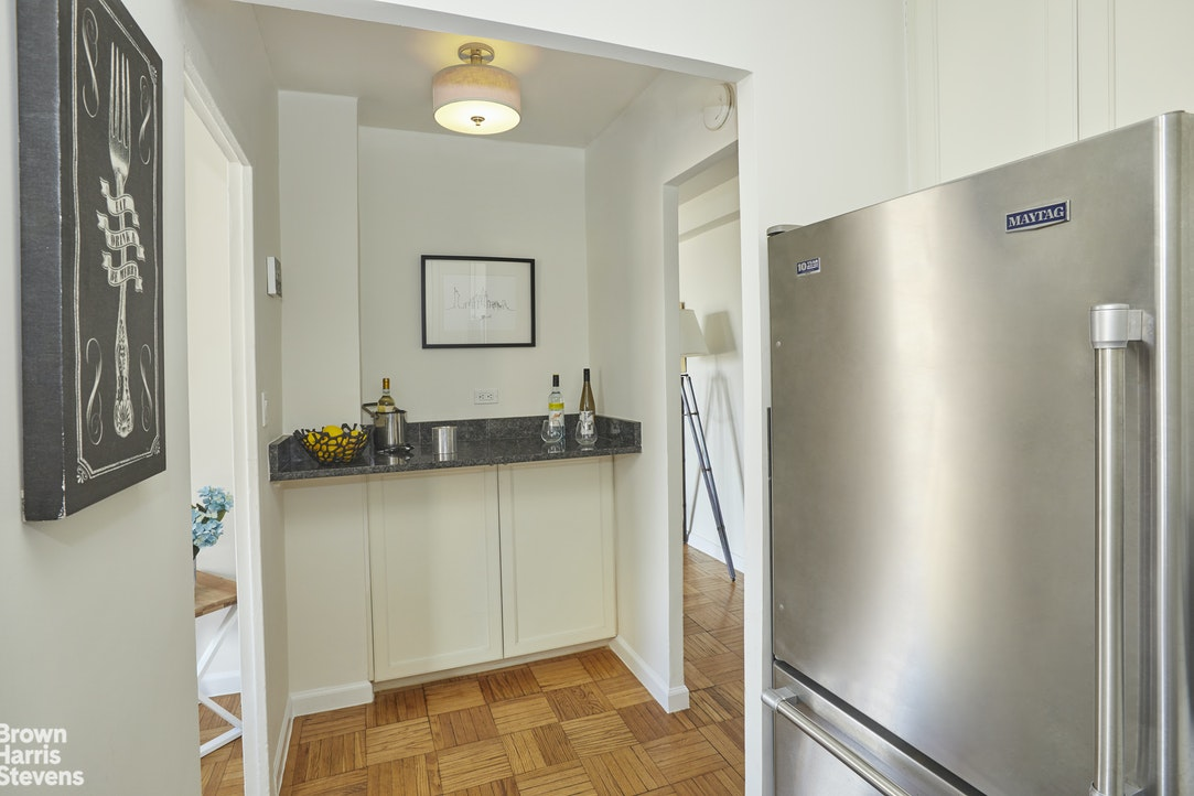 209 Clinton Avenue 12D, Clinton Hill, New York, $715,000, Web #: 20624988
