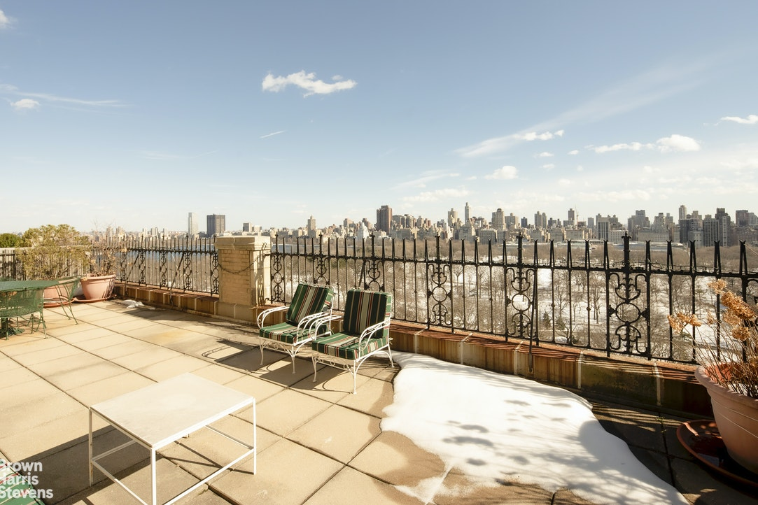 211 Central Park West 19E, Upper West Side, NYC, $19,500,000, Web #: 20680376
