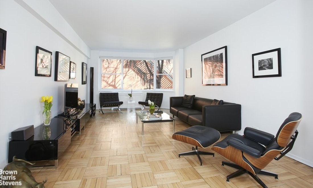 116 East 66th Street 2E, Upper East Side, NYC, $1,150,000, Web #: 20738968