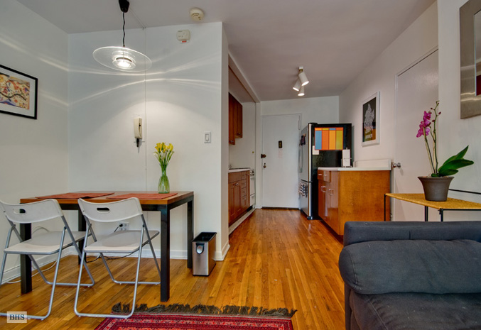 Henry Street, Brooklyn, New York, $290,000, Web #: 3124148