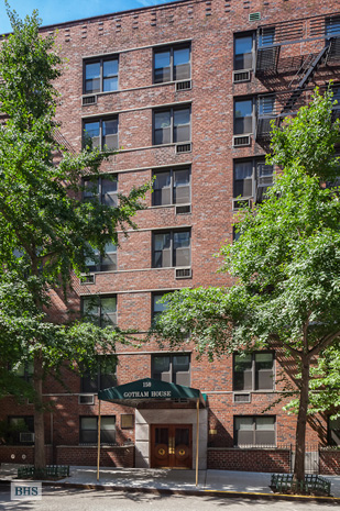 150 East 27th Street, Midtown East, NYC, $299,000, Web #: 3170691