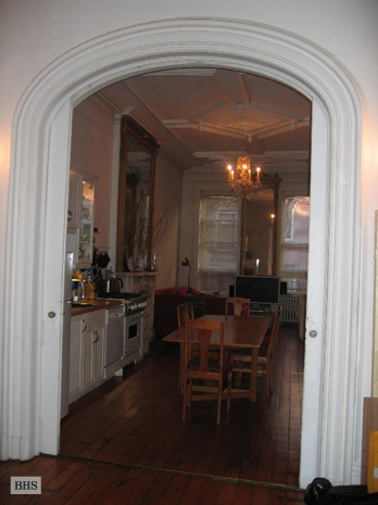 Perry Street, West Village, NYC, $5,000, Web #: 3281091