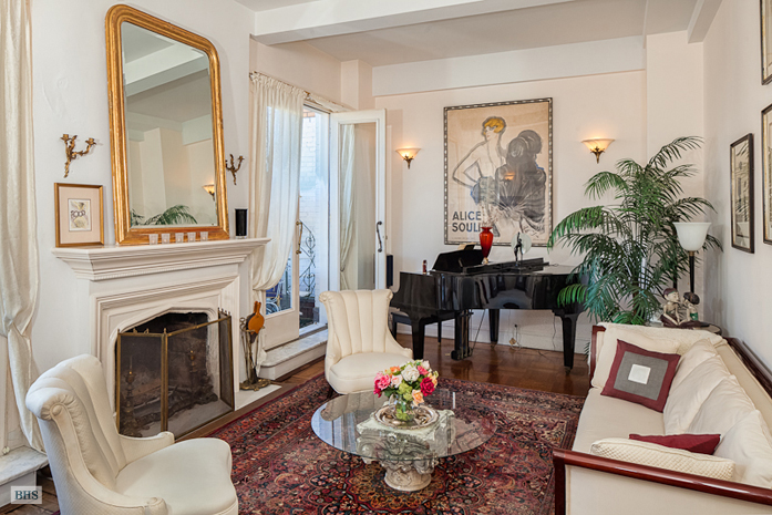 175 West 93rd Street, Upper West Side, NYC, $2,200,000, Web #: 3289007