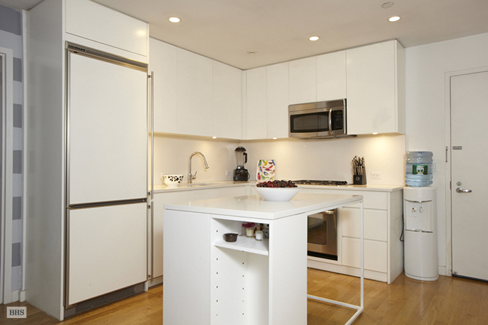 90 William Street 2A, Civic Center/Two Bridges, NYC, $960,000, Web #: 3310474